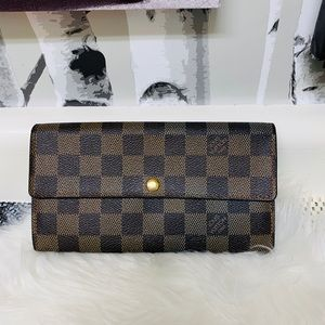 Louis Vuitton Sarah Wallet DE